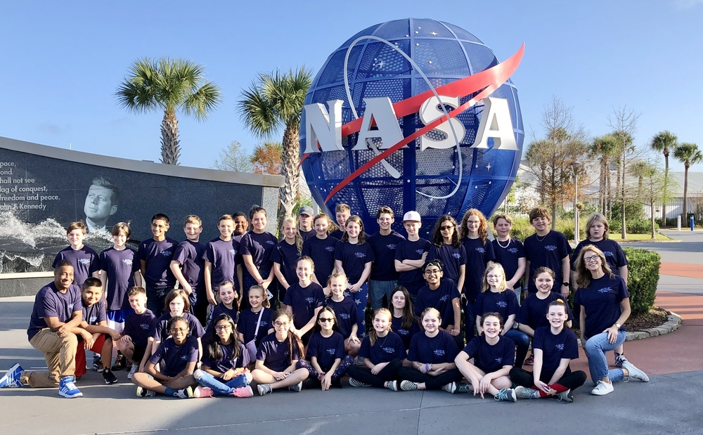 Sixth Grade Science Academy Tours Space Center
