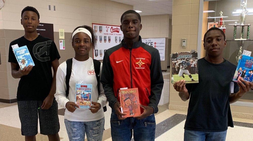 8th Graders Tackle Reading for the Weekend