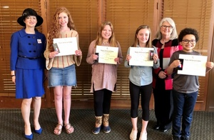 Writers Named Chapter Winners in DAR Essay Contest